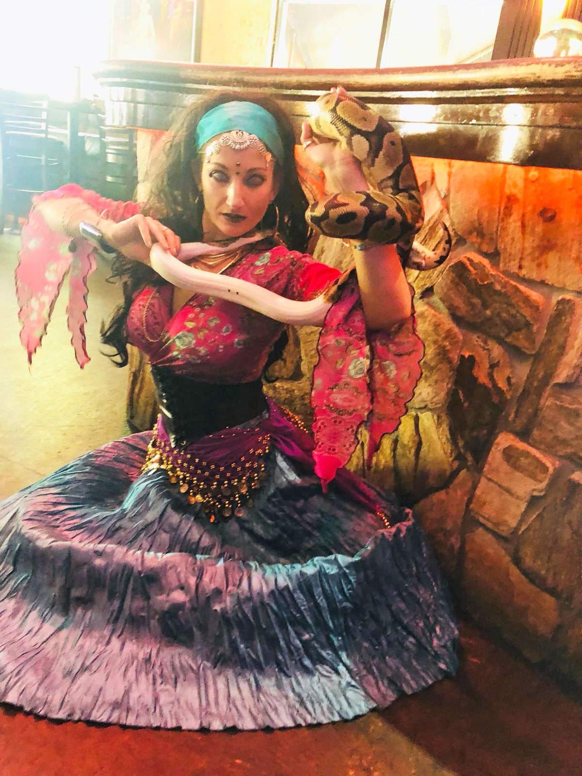 circus-entertainment-performer-snake-charmer